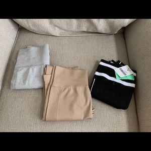 Bundle of seamless leggings.